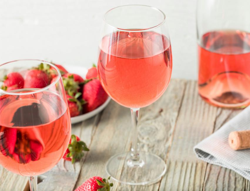 45 Epic Rosé Quotes & Rosé Sayings